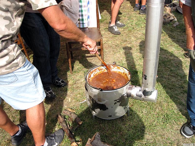Galéria k článku: Súťaž vo varení gulášu, Cetuna - druhá časť