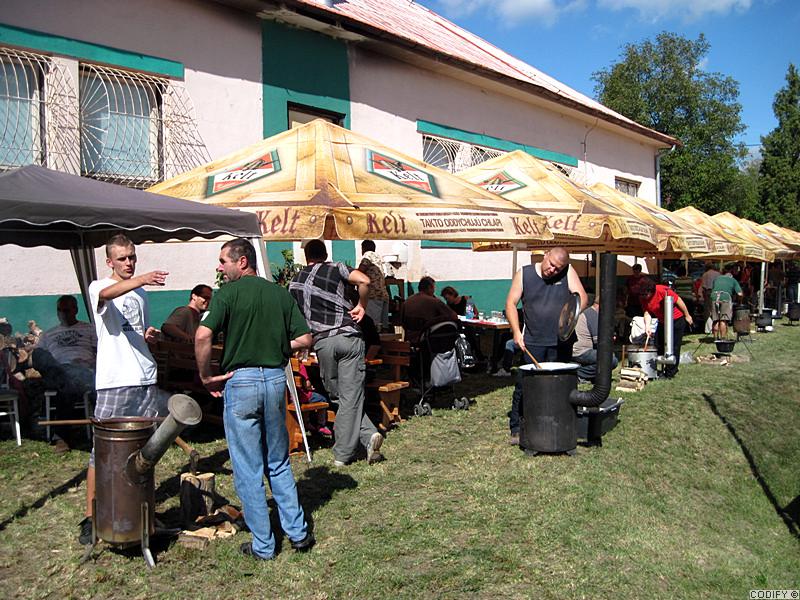 Galéria k článku: Súťaž vo varení gulášu, Cetuna - prvá časť